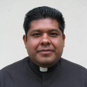 Pbro. Roberto López Corchado
